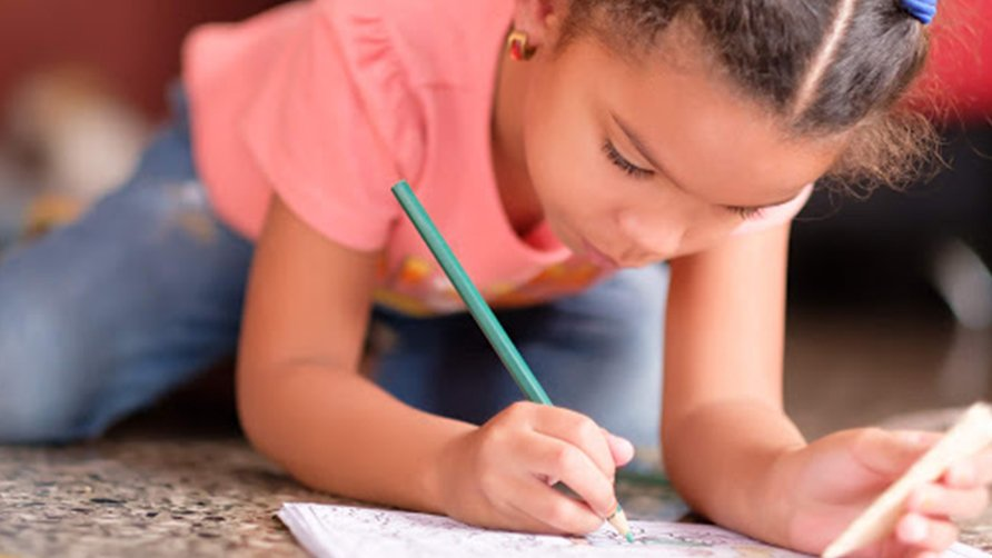 Top 5 benefits of colouring books for child development