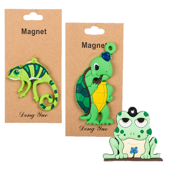 Green Animal Magnet, Eva