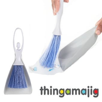 Thingamajig Dustpan And Brush Set Dancer
